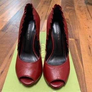 Red Leather Gianni Bini